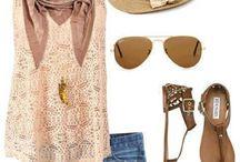Outfits para la playa y trajes de baño