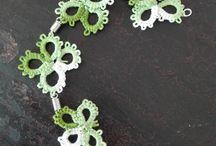 Creazioni Mariapì / bijoux fatti a mano, ago e filo punto chiacchierino. Personalizzabili in forme colori e decorazioni