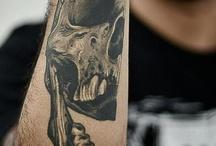 skull tats