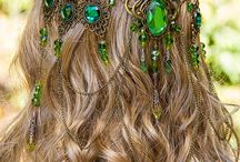 Beautiful stuff I like / This site has some lovely hair ornaments