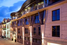 Niebieski Art Hotel ***** / The five-star Niebieski Art Hotel & Spa offers a new quality in terms of functionality and hospitality of the hotel space. The modern, artistically furnished interior retains its cosy, family-like atmosphere.