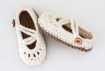 Crochet - Socks/Slippers/Mittens