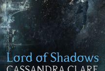 Author_Cassandra clare