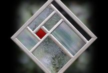 Frank loyd wright inspired stain glass / Square pattern