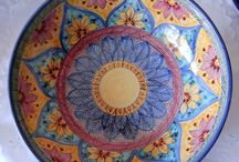 / Insalatiera / Spaghettiera/Ciotola in ceramica.Dipinta a mano.Decoro Geo/Floris.
