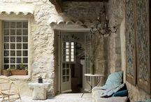 indoor living / houses