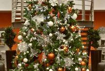 Narancsszínű karácsonyfa