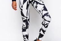 Weekly Must-Have: Nike Leg-A-See Print Leggings