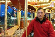 5 choses à ne pas manquer au marché de Noël de Colmar / Intime et authentique, le marché de Noël de Colmar est l'un des plus célèbres d'Alsace. Le vieux Colmar accueille 180 exposants répartis dans cinq marchés, le tout relié par des illuminations savamment réparties dans la ville.
