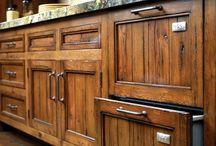 hardware, door handles etc.| ferragens, maçanetas, etc