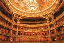 opera, house / Visit Fleur de Lis Quilts at www.fleurdelisquilts.blogspot.com #fleurdelisquilts, #marymarcottequilts