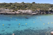 Alcaufar Menorca / Alquiler de motos Menorca, te invita a disfrutar de la tranquilida de Menorca con la libertad que te da una moto