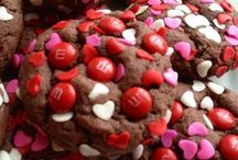 Valentines / Valentine's treats and gifts / by Brittany Torbik