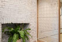 Деление помещения на зоны, ширмы, шторы, жалюзи и т д.