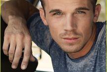 Portraits: Dustin