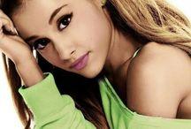 Ariana grande 2015
