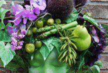 floral sculpture arrangement