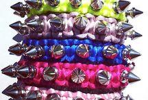Killernieten / Armbänder in Handarbeit hergestellt mit Nieten verziert!