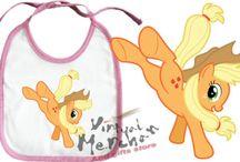 BABEROS MY LITTLE PONY / Aquí podréis encontrar nuestros nuevos baberos de la serie My little pony la magia de la amistad son 100% personalizables, iremos añadiendo más en estos días