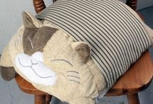 Pillows/almohadones