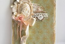 Mounted brooch / Cameo lady