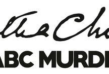 Agatha Christie - ABC Murders Video Game / Une mystérieuse lettre d'un dénommé « A.B.C. » est adressée à Hercule Poirot, annonçant un meurtre prochain. Plus inquiétant encore, la confiance déconcertante de ce tueur qui n'hésite pas à mépriser les forces de police et à remettre en cause l'intelligence du célèbre détective belge ! L'aventure emmènera le joueur à travers toute l'Angleterre pour une enquête complexe où il faudra faire preuve d'observation, de vivacité d'esprit et de sang-froid.