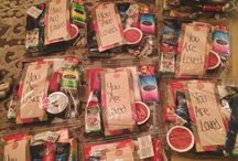 homeless care packages ♡