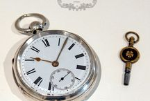 Antique Gifts & Things / A portfolio of antique gifts, objet d'art, curios and collectables.