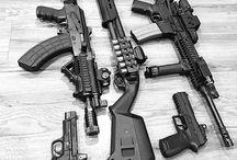 Karabélyok, taktikai fegyverek, felszerelések
