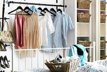 DIY Hangers - Αυτοσχέδιες κρεμάστρες / Τα ρούχα που έχουμε ήδη φορέσει δεν ξαναμπαίνουν στην ντουλάπα, μαζί με τα καθαρά. Δείτε, λοιπόν, πώς μπορείτε να τα τακτοποιείτε όμορφα και... με στιλ, σε πρωτότυπες αυτοσχέδιες κρεμάστρες!