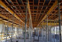 Budynek SPOKOJNA II w Lublinie / W Lublinie przy ul. Spokojnej powstaje 7-kondygnacyjny budynek biurowy klasy A+ z częścią handlowo-usługową. Całkowita powierzchnia biurowa wyniesie 20 tys. m2, część handlowa zajmie 2 tys. m2.  Nasza firma jest dostawcą systemów deskowań na tę budowę. Ze względu na krótki termin realizacji, na budowie wykorzystywane jest deskowanie panelowe CC-4 do szybkiej rotacji.