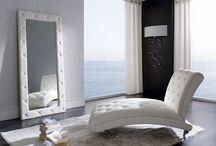 La magia de decorar con espejos / La magia de decorar con espejos te permite iluminar, ampliar, duplicar, revestir y animar cualquier espacio.