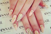Nails-bling