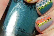 Nails / by Fernanda Sellan Alferes