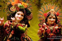 ISKCON Aravade - Radha Gopal Close Up / To view Radha Gopal Close up wallpapers of ISKCON Aravade in difference sizes visit - http://harekrishnawallpapers.com/sri-sri-radha-gopal-close-up-iskcon-aravade-wallpaper-001/