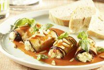Italien / Duftendes Ciabatta, Olivenöl und mediterrane Kräuter zeichnen die italienische Küche aus. Hol dir einen Hauch Italien nach Hause mit diesen leckeren Rezepten.