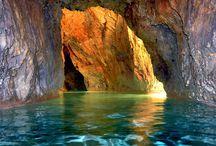 Höhlenthermalbad Barlangfürdö Ungarn Miskolc / Wenn ein leichtes,frisches Prieschen aus der grünen Lunge, dem größten Nationalpark Bükk herunterweht ins Tal von Miskolc Tapolca,können Sie sich fühlen wie die Benediktinermönche,die hier auf einer Insel vor 900 Jahren,oder die keltischen Druidenvor 2500 Jahren über dem Höhlenthermalbad. Diese wussten schon die heilsame Luft und das Mineralwasser mit 36 Grad für ihre Gesundheit zu nutzen.Das einzigartige Höhlenthermalbad Europas wird 2013 seinen 2.Höhlensector fertigstellenmit Wasserfall