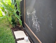 Garden outdoor inspiration / Cool plants, gardens, outdoor furniture and spaces.