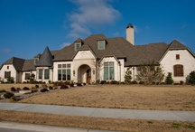 Dream Homes / Homes I think are GAWGEOUS!!! / by Tracie Little