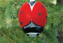 Glass Christmas Ornaments / Beautiful hand-blown and hand-decorated glass Christmas ornaments crafted by the glass artisans of the Czech Republic and the United States