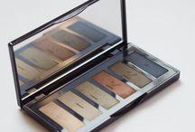 Eyeshadows & Palettes