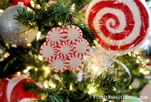 Christmas / Candy recipes, crafts and decorations to make your Christmas merry and bright!