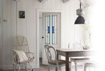 Deuren / Een binnendeur geeft sfeer aan je woning. Ga je voor klassiek, modern of landelijk? Varieer met profielen en glas. Een bijzondere situatie, smaak of wens? Hubo heeft altijd een oplossing!