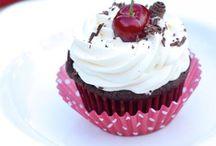 Cupcakes / by Renee Tudek-Daugherty