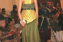 Desainer Produsen Kebaya Wisuda Modern Kebaya Pengantin Muslimah Kebaya Encim Kebaya Kartini Bali / Desainer Produsen Kebaya Wisuda Modern Kebaya Pengantin Muslimah Kebaya Encim Kebaya Kartini Bali: