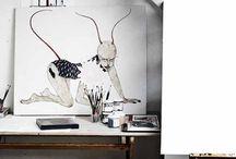 werkplek/hobbykamer / Werkplek in warm zwart/wit thema. Met handige opberg mogelijkheden.