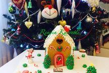 Gingerbread House / Yılbaşı Kurabiye Evi / Yemeye kıyamayacağınız kadar güzel görünümlü ama bir okadar da lezzetli, zencefilli kurabiye ve şeker hamurunun süper birleşimi. Tamamen ev yapımı ve el işçiliği ile konsept kurabiye. Rengin Kuvvetli Konsept Kurabiye ve Pasta.