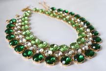 Anna Wintour's necklace