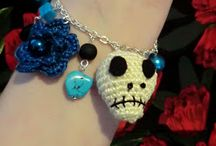 Day of the Dead Sugar Skulls / A favorite for Halloween/Dio de las Muertas, but we love sugar skulls all year round! / by Legends Direct