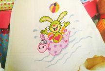 Cross Stitch / Cross Stitch http://www.knitttingcrochet.com/cross-stitch-patterns-free.html